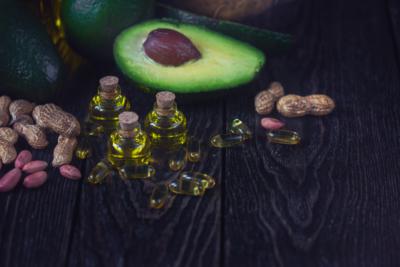 Cholesterol, good fats, bad fats, and Hashimoto's